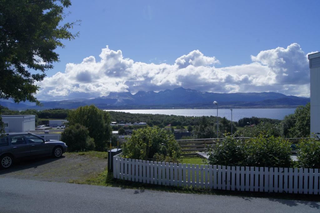Bilde med utsikt over Saltfjorden