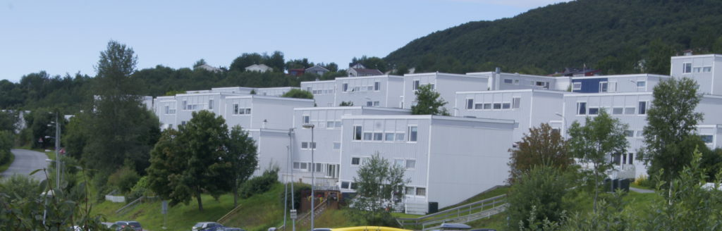 Picture of Galnåsmyra housing cooperative seen from the east